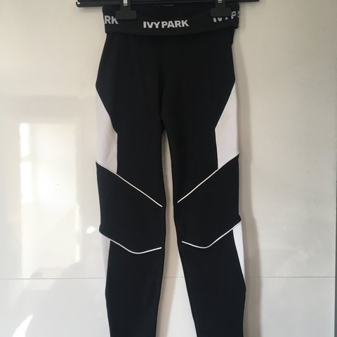 e25b8c8c099aa @siennaniamh. 8 months ago. Hull, United Kingdom. Topshop ivy park gym /  running leggings with white panels. Size XXS so ...