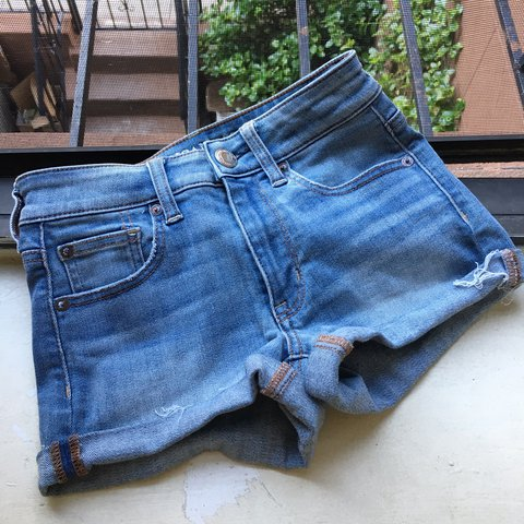 4fd6e36e4e @esr1013. last year. New York, United States. American Eagle Outfitters  High Rise Shortie Super Stretch shorts