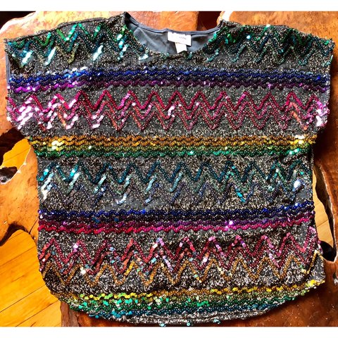 646a89a3bf9a3 Beautiful Vintage Rainbow Sequin Top w Shoulder feature to - Depop