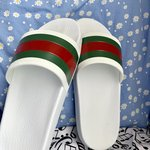 799fea71e02 Gucci Web Slides White VNDS OG all 100% authentic🔥 ☔️price - Depop
