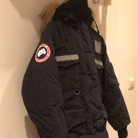 a76a85c15c1 @monkeyzlee. 7 months ago. Berlin, Berlin, DE. Canada Goose Resolute Winter  Jacket