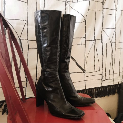 671ba43958f8 Really cool 90s Nine West boots. Square toe