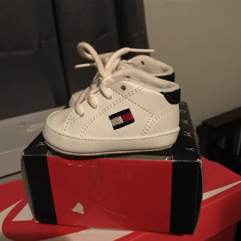 1e63ef3f @thepennybank. last year. Elizabeth City, United States. Tommy Hilfiger  Crib shoes in great condition. Size 0.