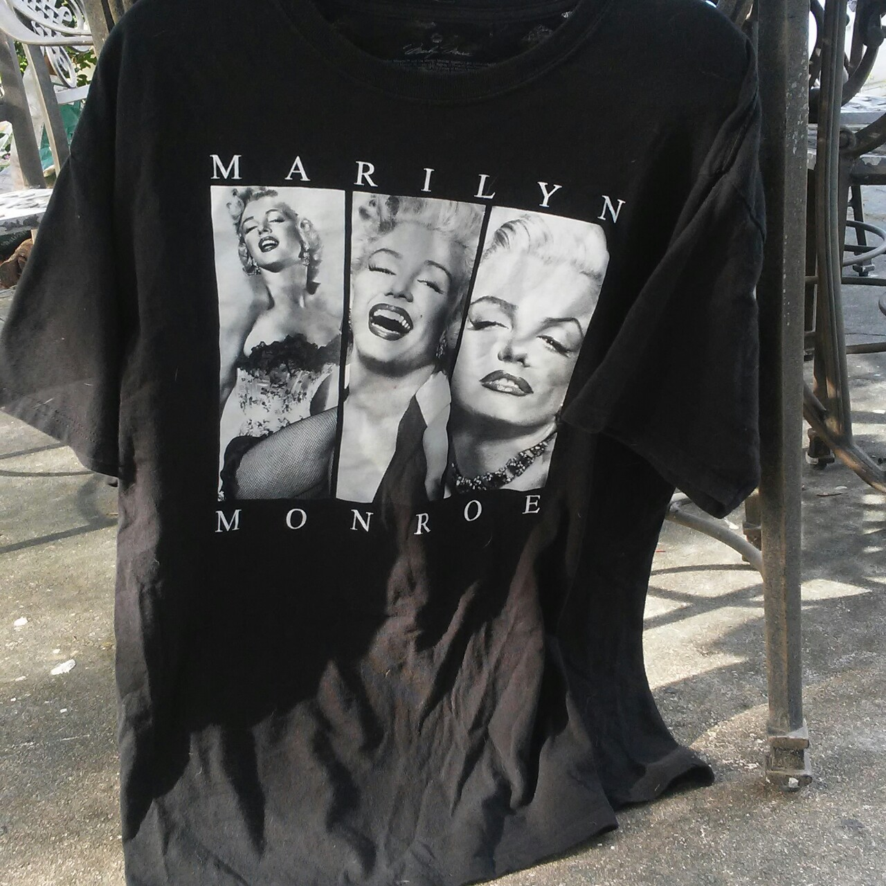 Marilyn Monroe T-shirt great condition will iron... - Depop