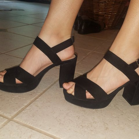 ef115a48900 Black block heel sandals I bought these for when I was in I - Depop