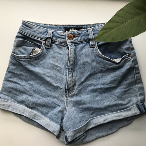 c04dec1632 @mayaamw. last year. Carlton, Australia. Neuw Denim shorts. Super cute and  comfy ...