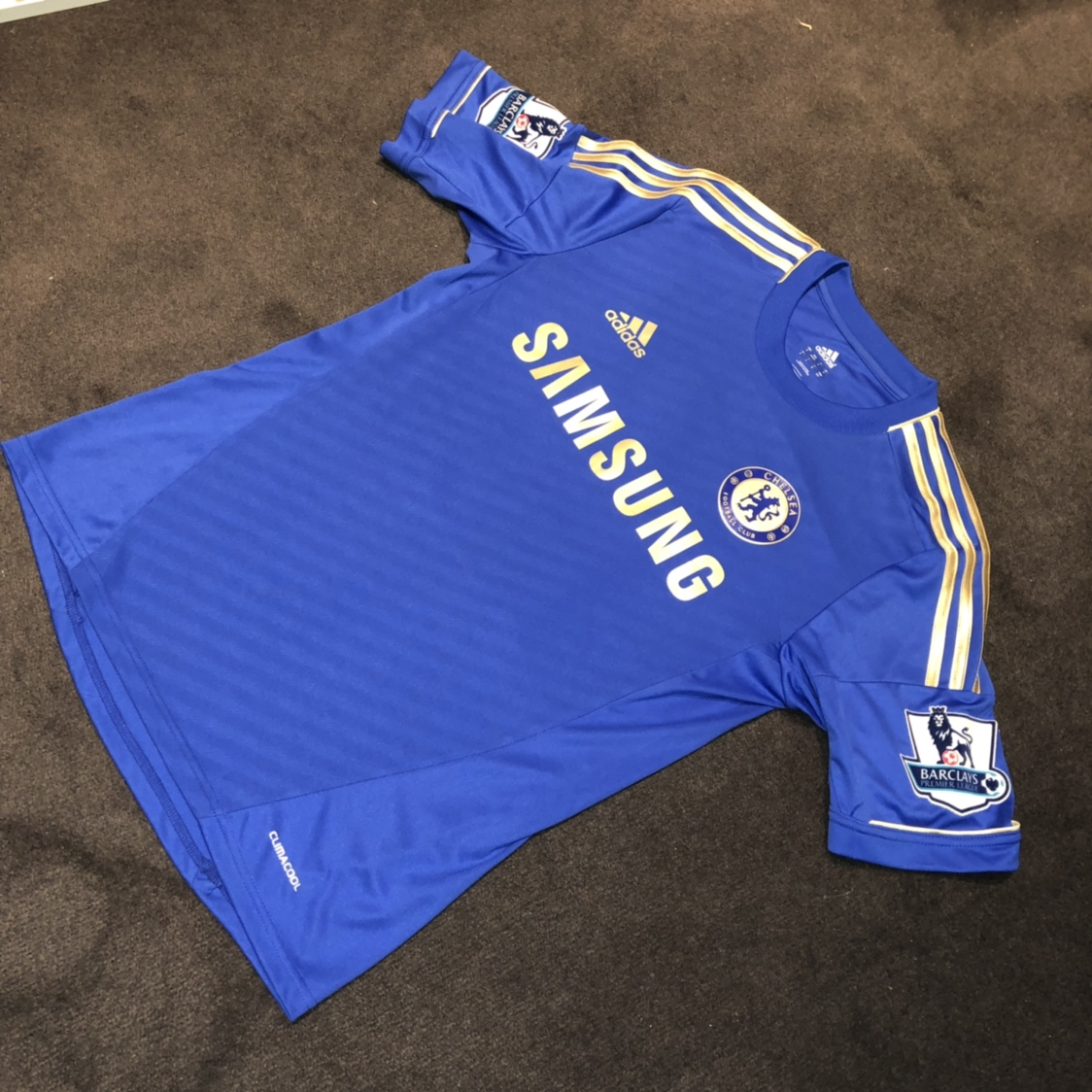 detailed look 565c4 2c1ce Chelsea 2012/13 Home Kit Juan Mata Jersey Size... - Depop