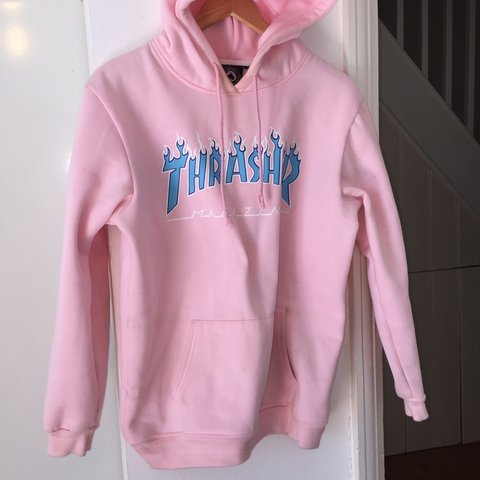 ee064a918811 🔥 Baby pink thrasher hoodie with blue flames 🔥 Size XL - Depop