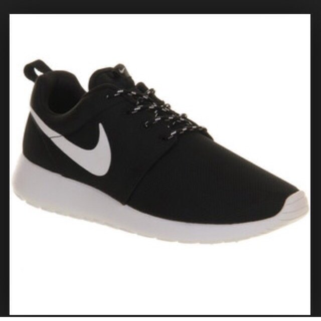 nike rosh run nere