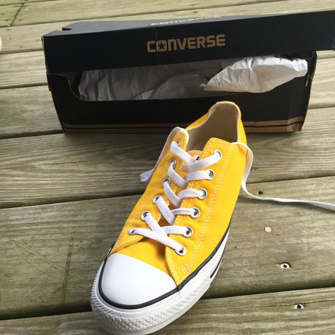 254200af9a77 NEVER BEEN WORN!!!! Brand new! Converse Chuck Taylor All In - Depop