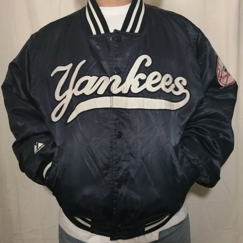 89a07a774ddb9 Bomberino new york yankees marca magestic made in korea - Depop