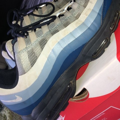 c88149f2fb nike air max 95 ultra essential dark blue NIKE AIR MAX 95 ULTRA ESSENTIAL  UK SIZE