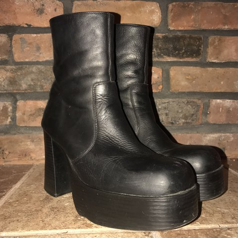 9d0df0a2d67 Chunky Vintage Steve Madden boots. Bought these second-hand
