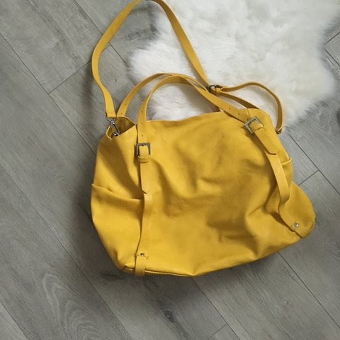 0a515759b61 @itssimplybeauty. 3 years ago. Shinfield, Reading, Wokingham RG2, UK. Yellow  Zara soft shopper. Has a little mark on bag