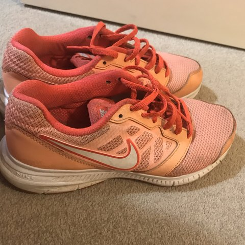 4cc4164f0880 nike downshifter 6 trainers size 5.5 but would fit 5 or 6 - Depop