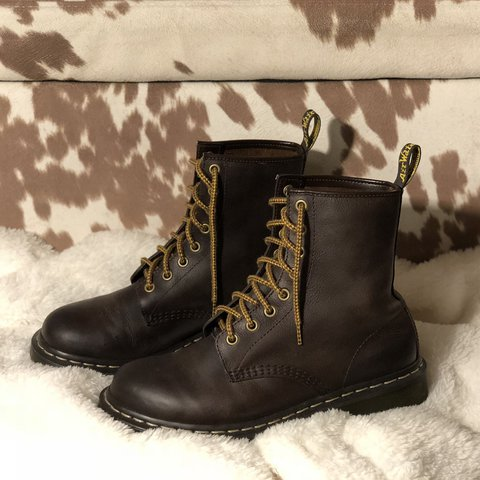 PRICE DROP! Used women s Dr. Martens 1460 Crazy Horse boots - Depop 114a61369