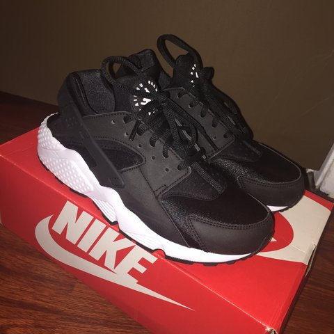 15de2ca91aff Black and white huaraches. I love these sneakers but they re - Depop