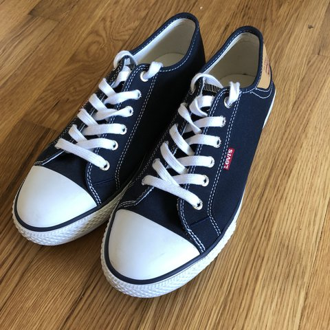 7251c6d5e67f Levi s navy blue converse style sneakers. Very good Slight 9 - Depop