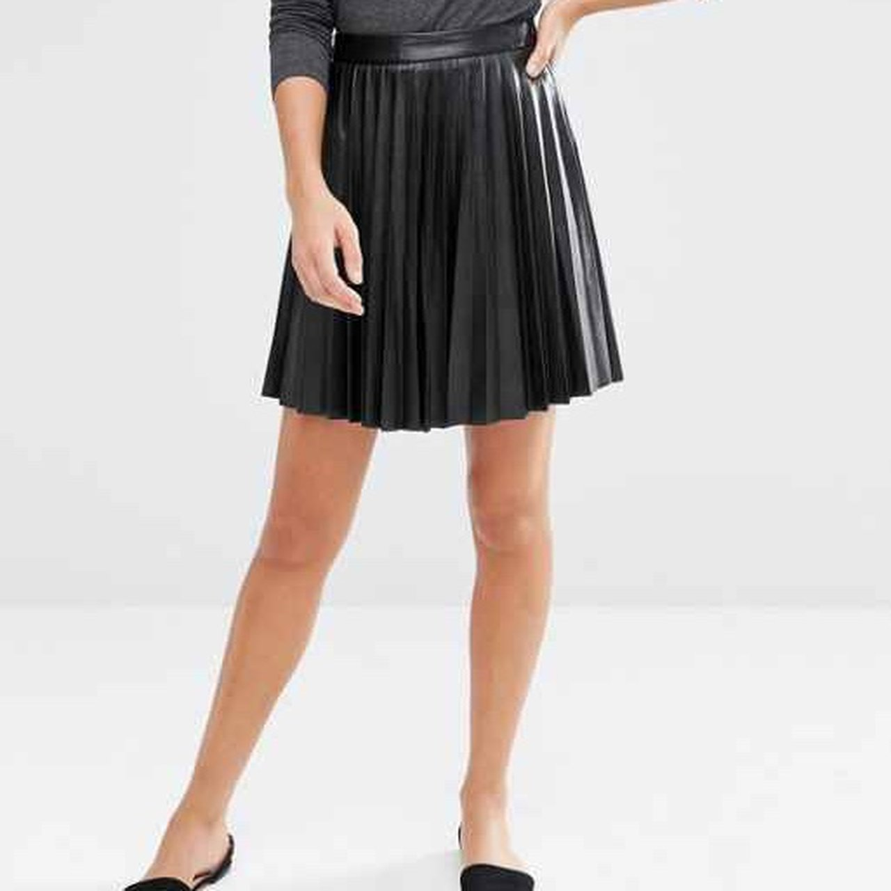 eb0c3d4c6429 Pleated Faux Leather Mini Skirt