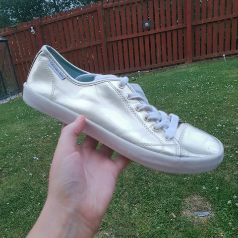 c3c0f8e3e33 Calvin Klein Jeans Retro Gold trainers. Have never been and - Depop