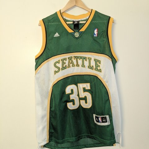 5bce48615c4 NBA Seattle Supersonics Kevin Durant Jersey by used. Great - Depop