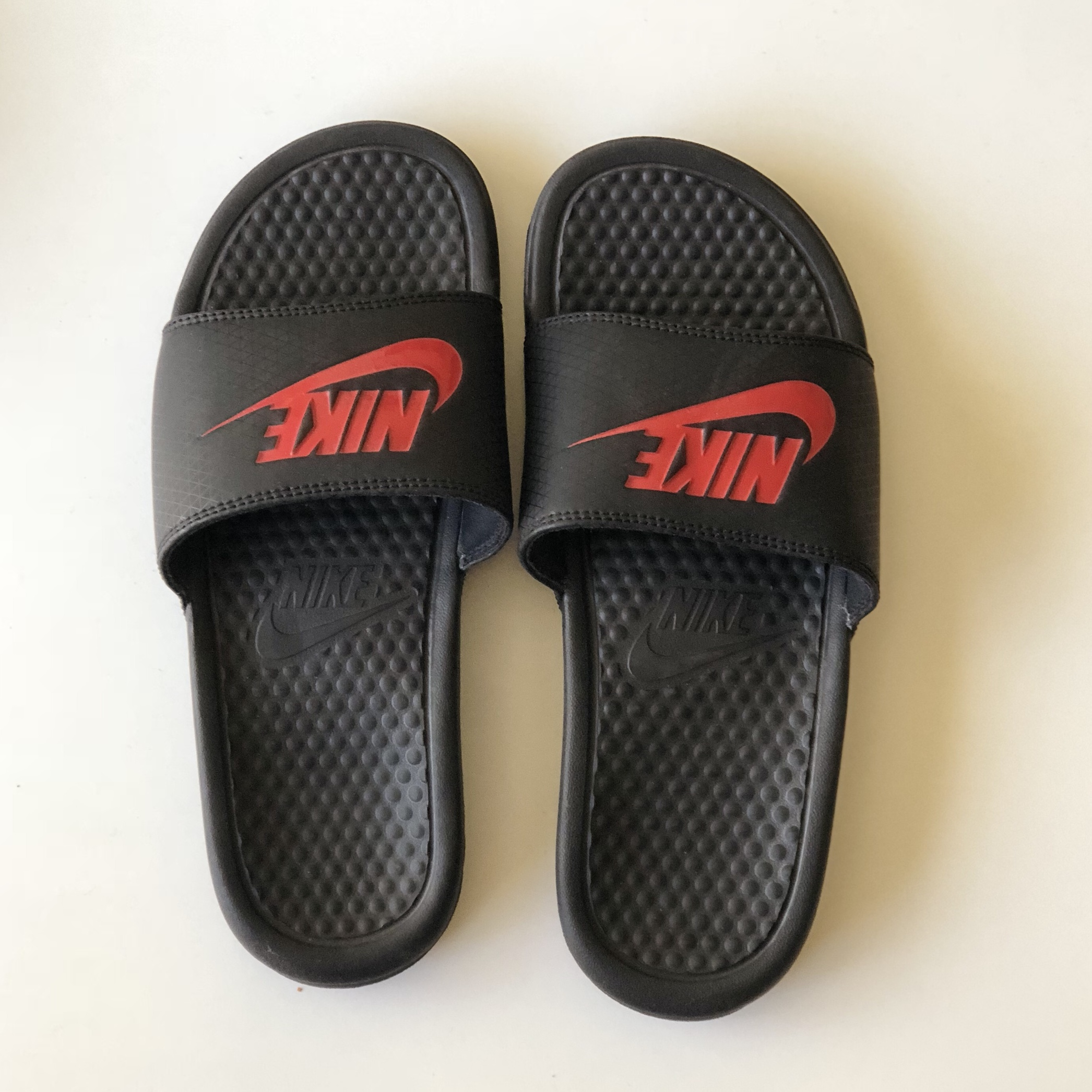 3bf4faf1a46f Black Nike Slides with Red Lettering - GREAT condition
