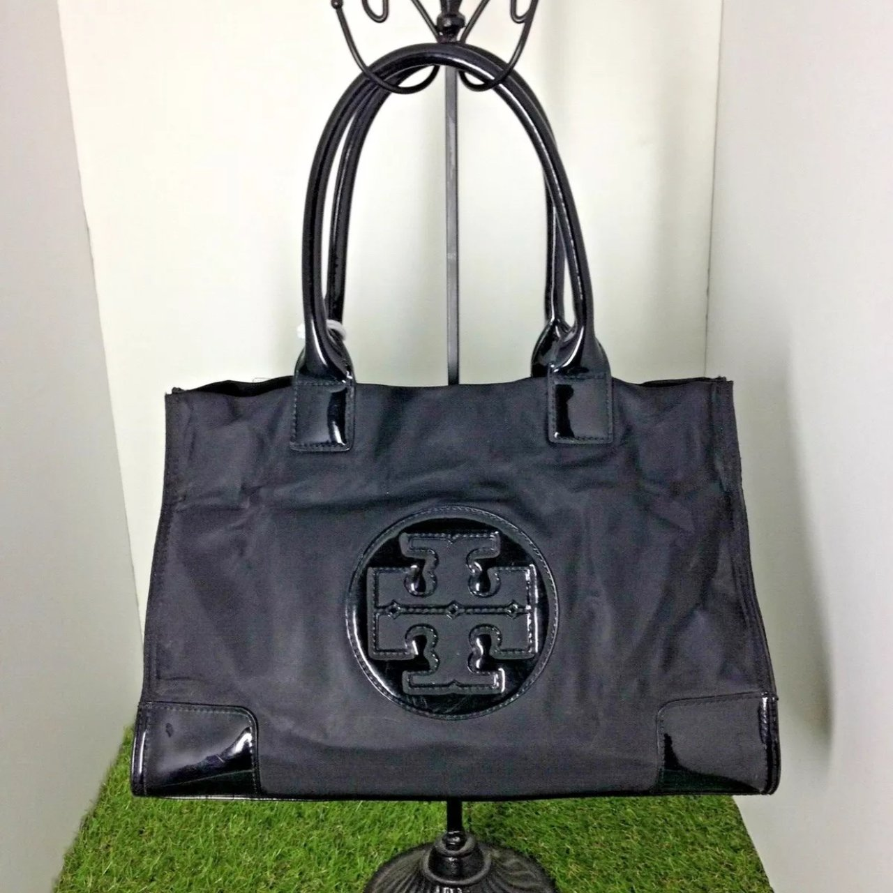 4a7f5fa41c5 SALE TORY BURCH Ella Black Nylon Patent Leather Shoulder and - Depop