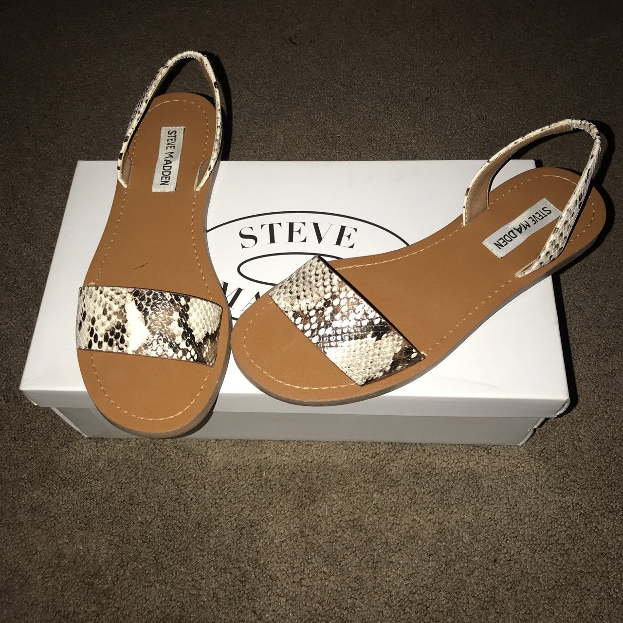 7d4b6d67436 Steve Madden Sandals I only wore these one time they re new - Depop