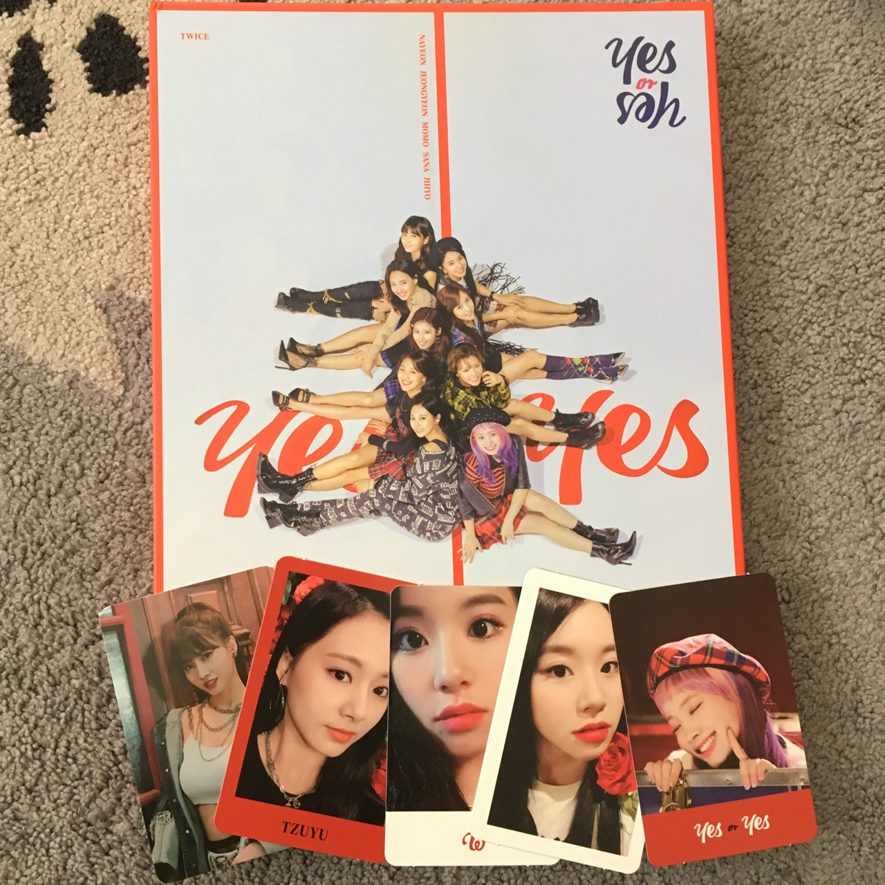 💫Twice yes or yes album 💫includes 5 photocards,    - Depop