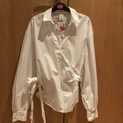 6cdad746bd8 White Wrap-around Long-sleeve Shirt UK size 8 (would fit 10 - Depop