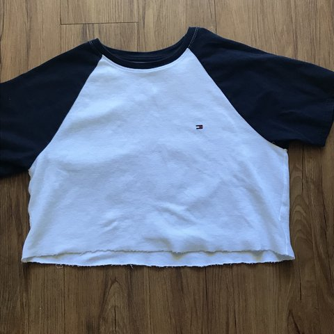 72559ada4a186 White cropped Tommy Hilfiger t-shirt! Bery glory and for If - Depop