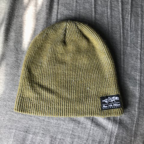 325129b7 Grey and green Spacecraft brand beanie. Has two logo tags. - Depop