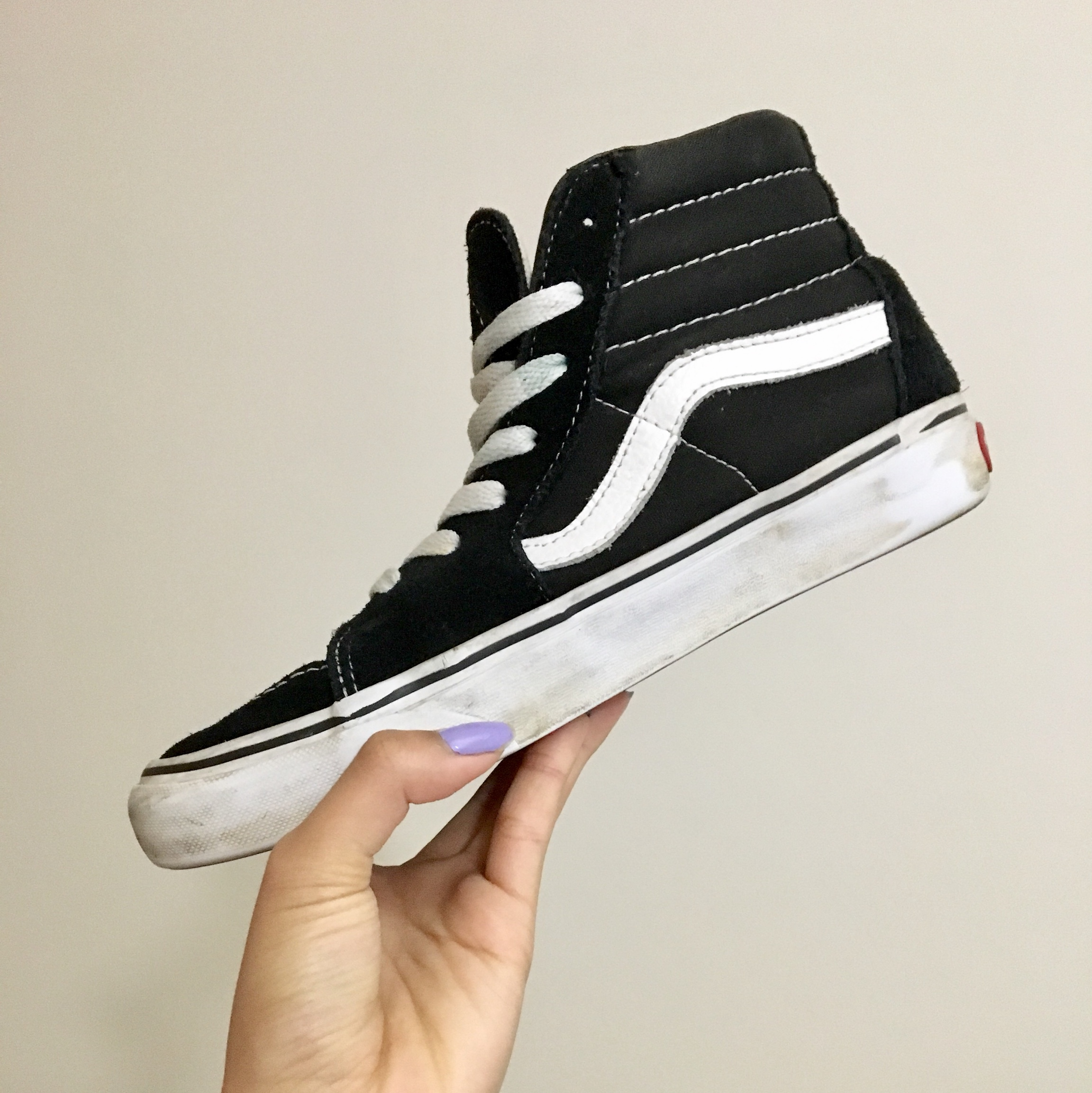 Old skool high top Vans. I use to wear these a lot, Depop