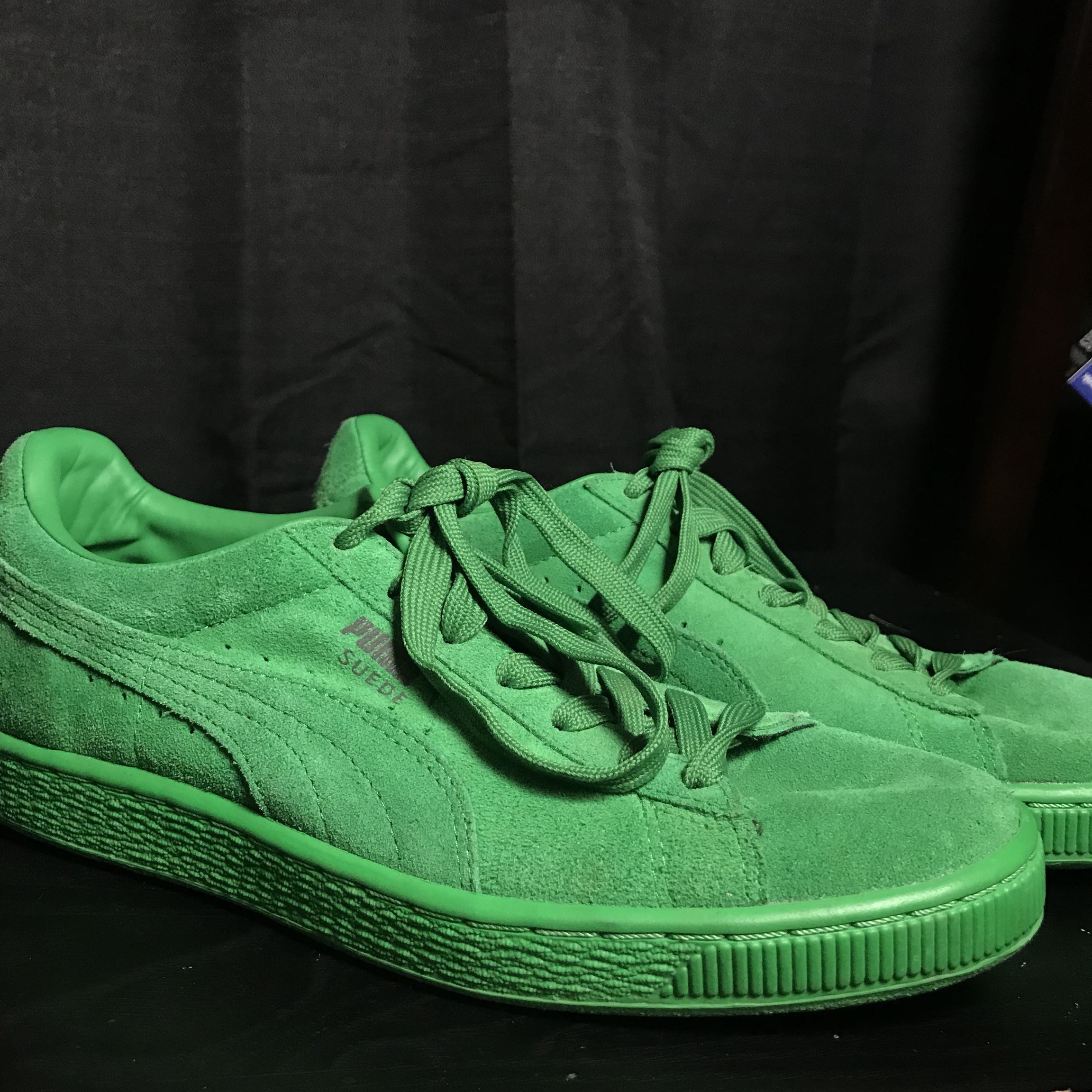 sports shoes 475ed 56240 PUMA Green Suede Shoes. Feel free to contact me with ...