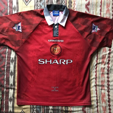 b6f1195f134 Umbro 1996-1998 Home Manchester United jersey shirt - large. - Depop