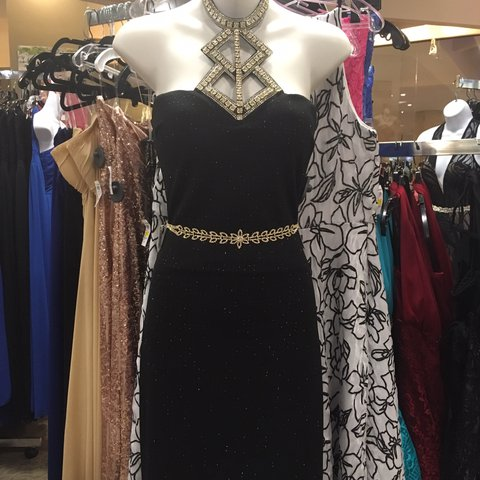 d75d2bca9c8cf Elegant party dress with sparkles!! Perfect for prom or any - Depop