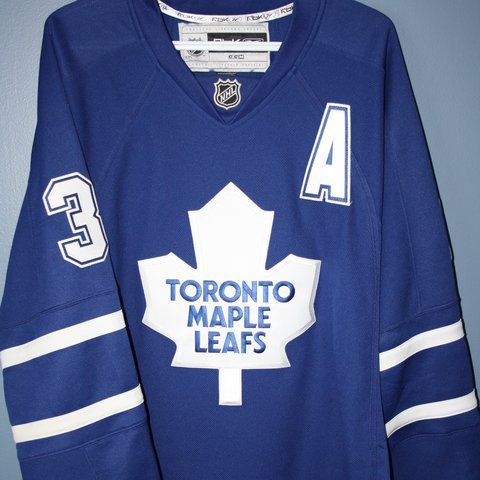 5520302b8b7 @anthonytyrrell. 2 months ago. Ingersoll, Canada. Authentic Reebok Toronto  Maple Leafs jersey.