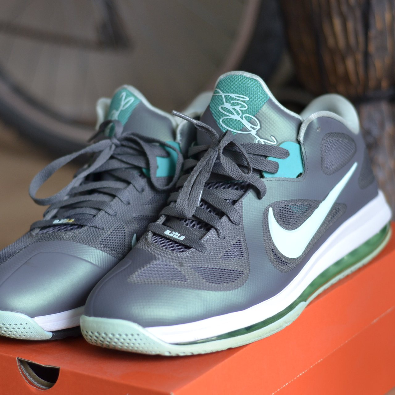 1c7bbcc3d9583 Nike air LeBron 9 low mint green  grey Size  UK 10 EUR 45 - Depop