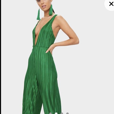 07d8e02d60f PLT green jumpsuit size 10 perfect condition selling because - Depop