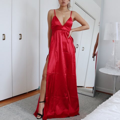 eaf85c06f6 SHEIN PROM DRESS PLEASE NOTE SLITS GO ABOVE THE HIP. THIS I - Depop