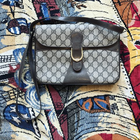 0ab9f5194 Vintage 80s Gucci Accessories Collection cross body. Can't I - Depop