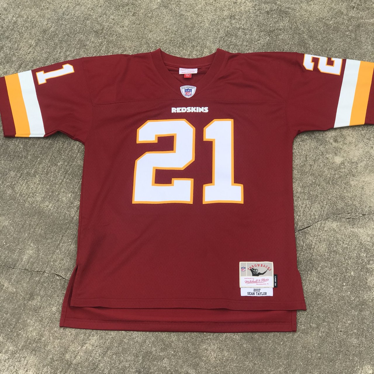 31f13a828 @og_cb_. 29 days ago. United States. NFL Mitchell & Ness Jersey Washington  Redskins #21 Sean Taylor