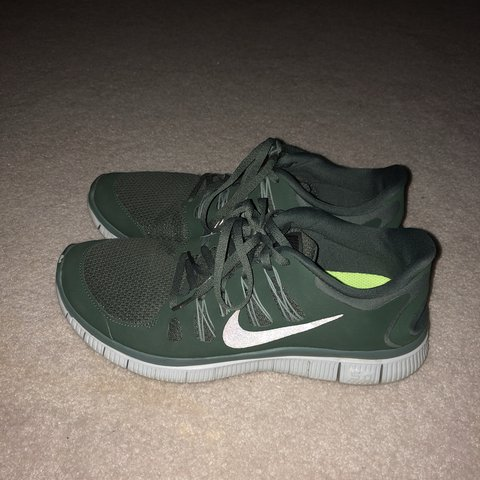 reputable site dc6e6 24457  meganklee21. last year. Oak Park, United States. Nike free run 5.0. Army  green