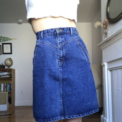 2a9e86aae Vintage 80s denim skirt. Hits right above the knee for me is - Depop