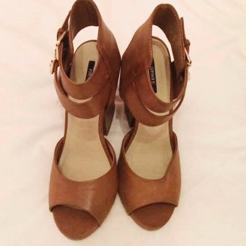 e261cfce2a2 Forever21  tan  block  heels  size7 new and unworn - Depop