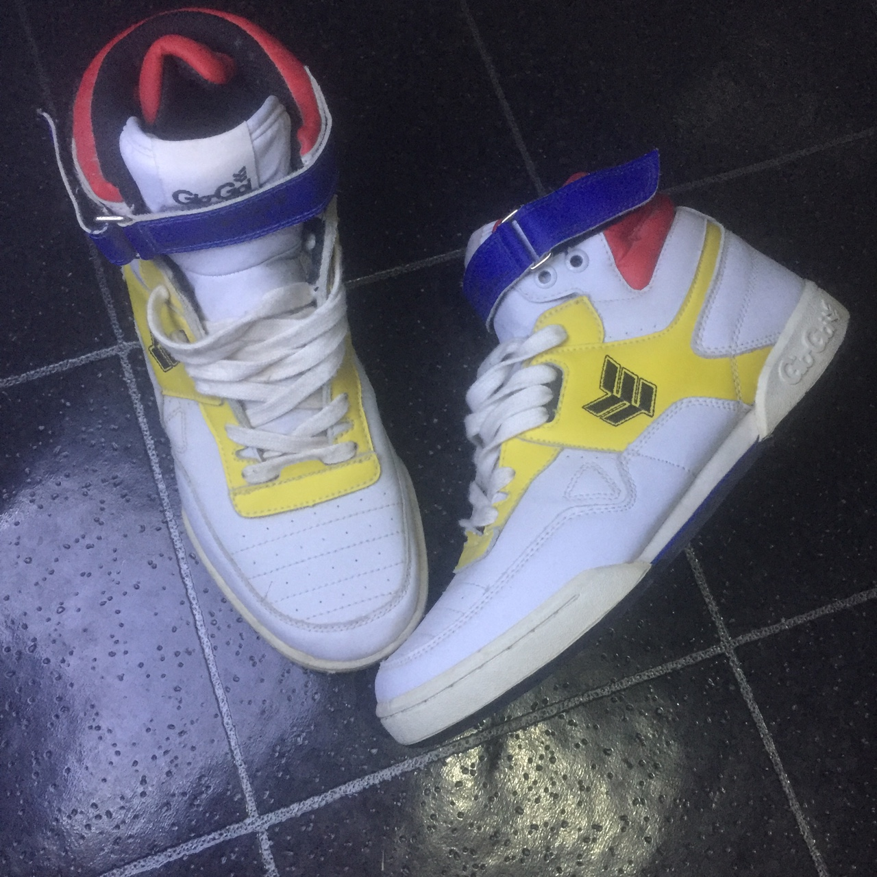 Vintage Gio-goi high top trainers In