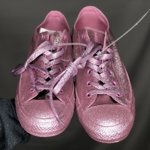 d52259e28f91 @justdig. 5 months ago. United States. NEW PINK GLITTER CONVERSE ...