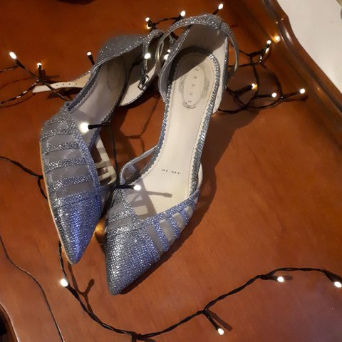 97c0054443f87 @anathematic. last year. Midleton, Cork, Ireland. Silver glitter Debut  pointed party heels. Only worn once ...