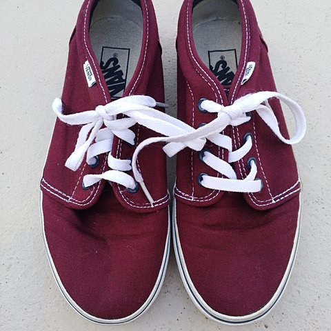 d0684dda65e0 Free shipping! Men s 6.5 Women s 8 Burgundy Vans. used but - Depop