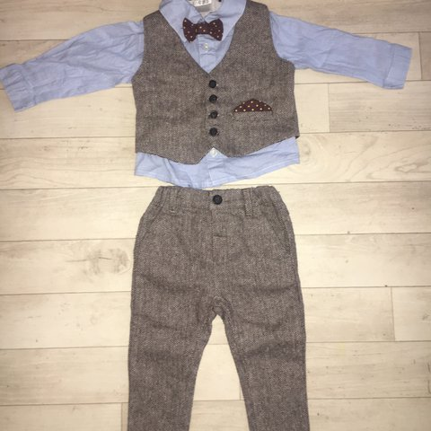770fb4ec96797 Mama and papa s baby boy suit. Age 9-12 months. Worn once no - Depop